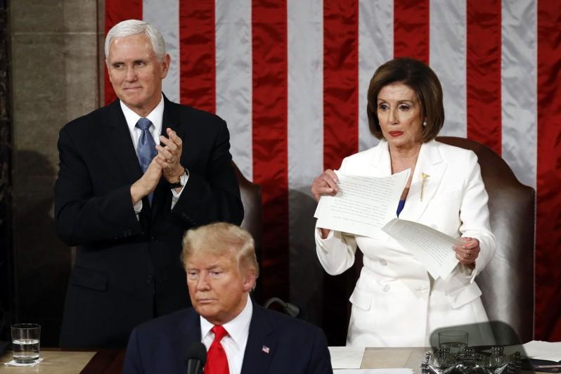 Pelosi tearing Trump speech